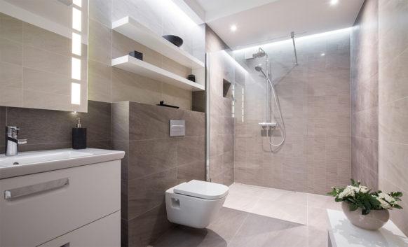 Concord Frameless Shower Doors